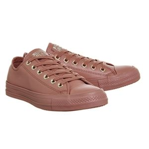 Converse low pink leather